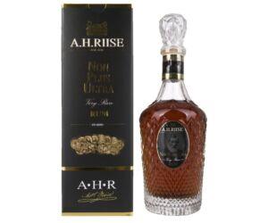 A.H. Riise Non Plus Ultra Rum 0,7L 42% pdd.
