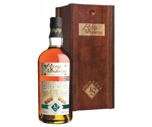 Malecon 18 éves Panamai rum 40% fa dd.